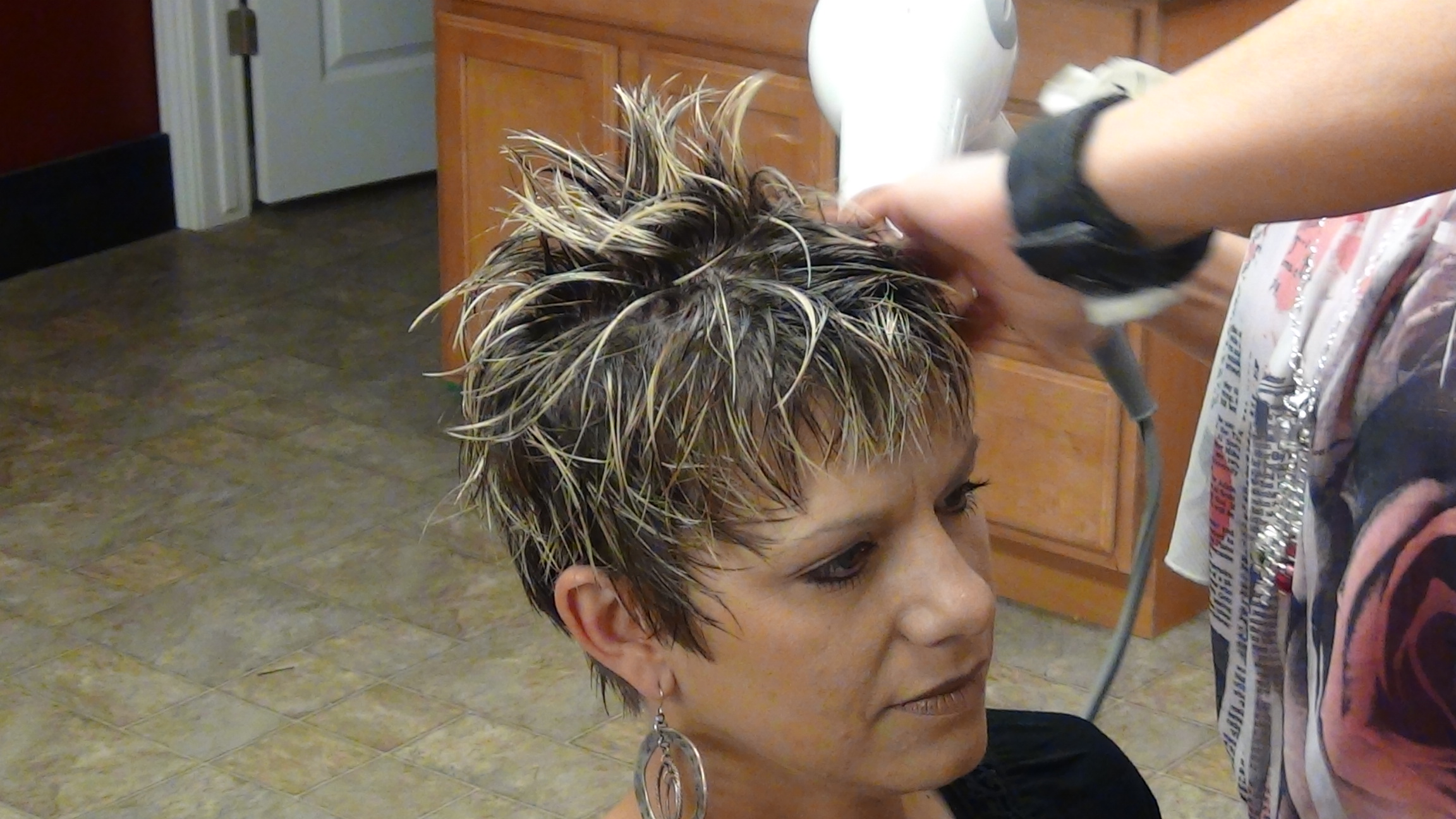 Trendy And Stylish Haircut With Short Hair Learn More