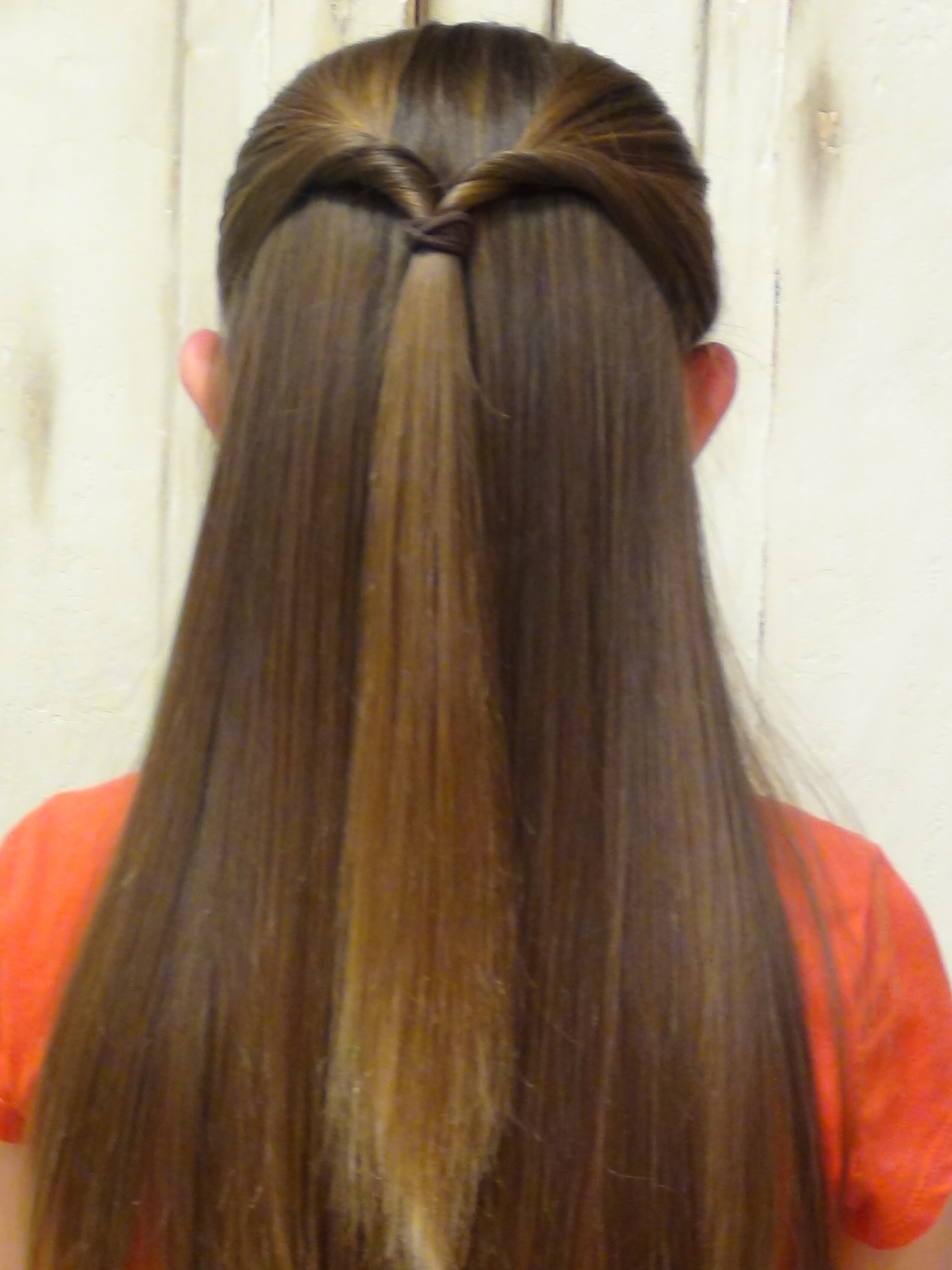 Bow Tails Hairstyles Find Other Girl Hairstyles And Boys Haircuts