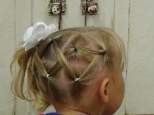 horizontal zig zag ponytail boys and girls hair styles