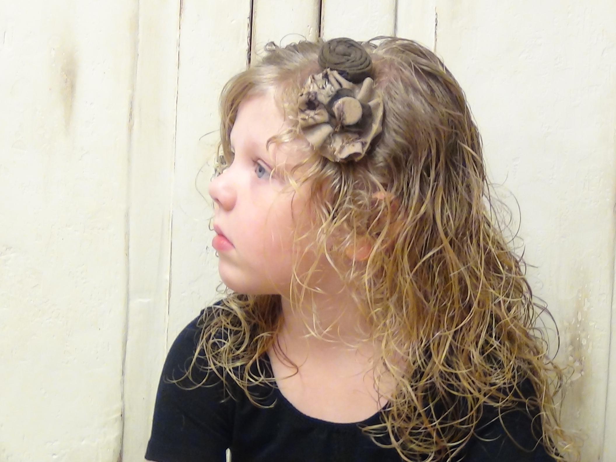 Loose Side Ponytail For Curly Hairstyles Boys And Girls