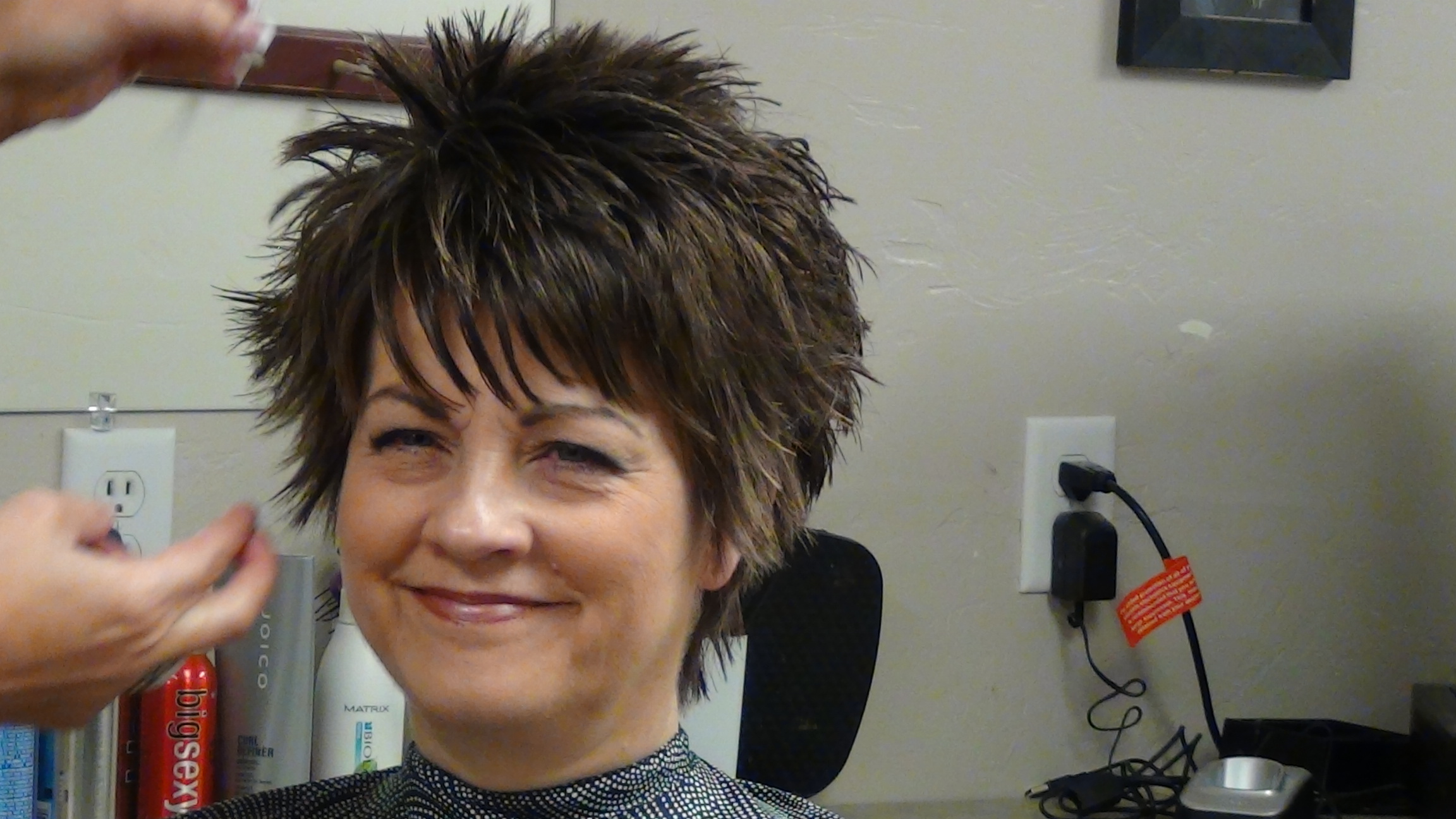 Short Hairstyle With Fun Unique Back Hairstyle Boys And Girls